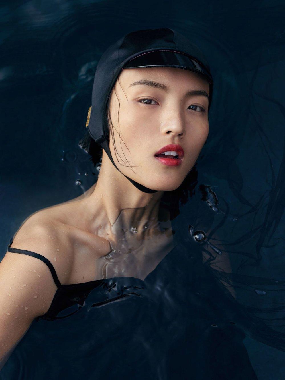 Vogue-China-Beauty-May-2017-Liz-Collins-Visual+Atelier+8-4.jpg