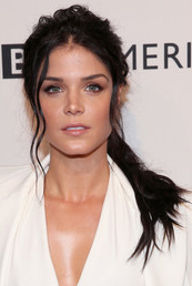RS_Marie+Avgeropoulos+BAFTA+Tea+Party+Arrivals+mmFwq8VYDwwl.jpg