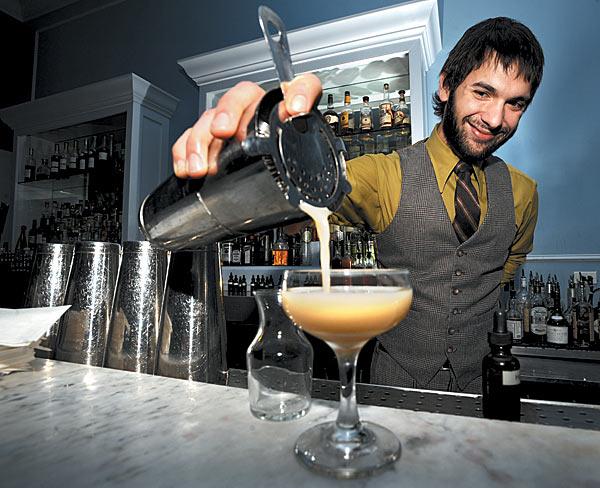 professional-bartender.jpg