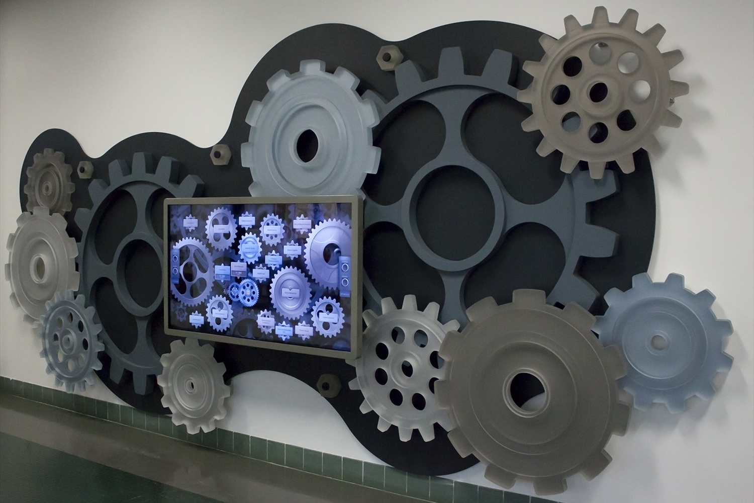 The gear structure created by Reynolds-Alberta Museum