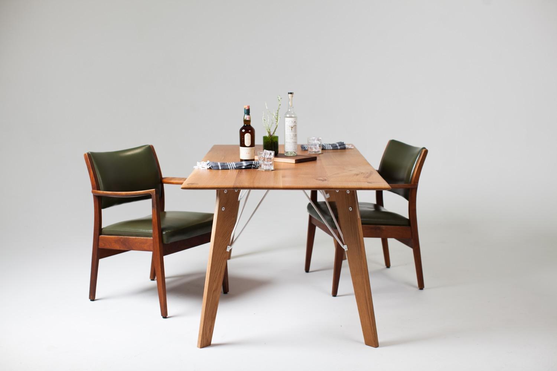 Bliss Table White Oak | White powder coat