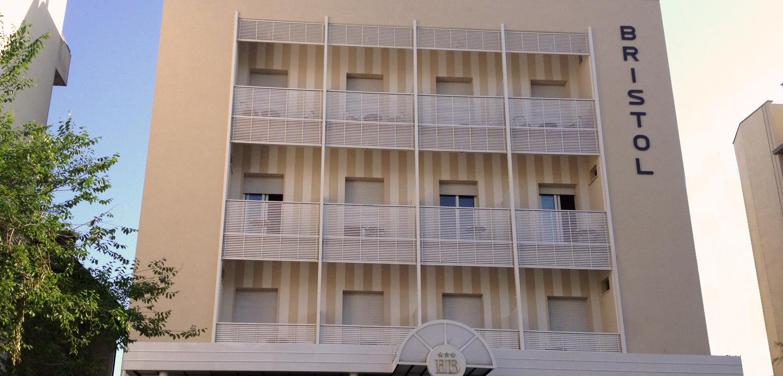 Hotel-Bristol_1.jpg