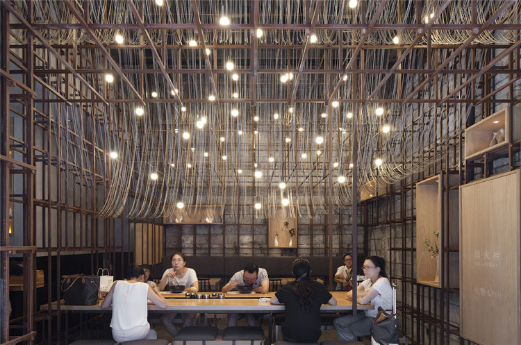 The Noodle Rack, Changsha, Cina by LukStudio