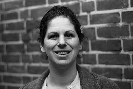 Linda van Geel  GZ-Psycholoog Speltherapeut   linda@vansteenhoven.net
