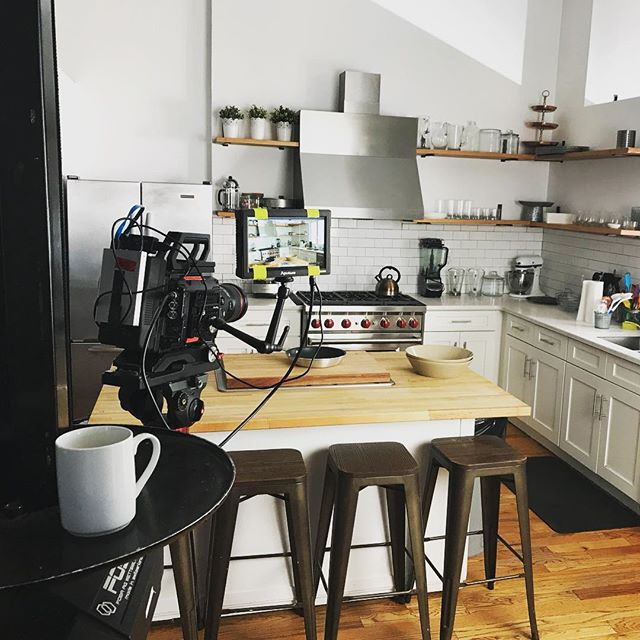 Early morning kitchen envy. @misenkitchen #set #blackmagic #aputure