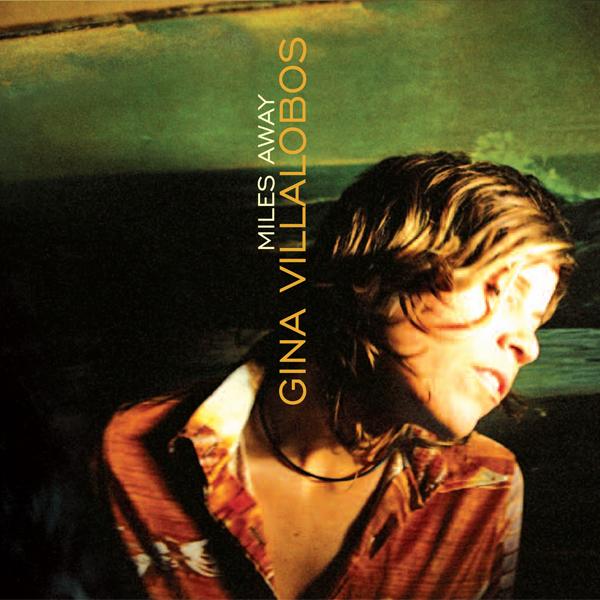 Gina Villalobos (2009). Art Direction & Packaging.