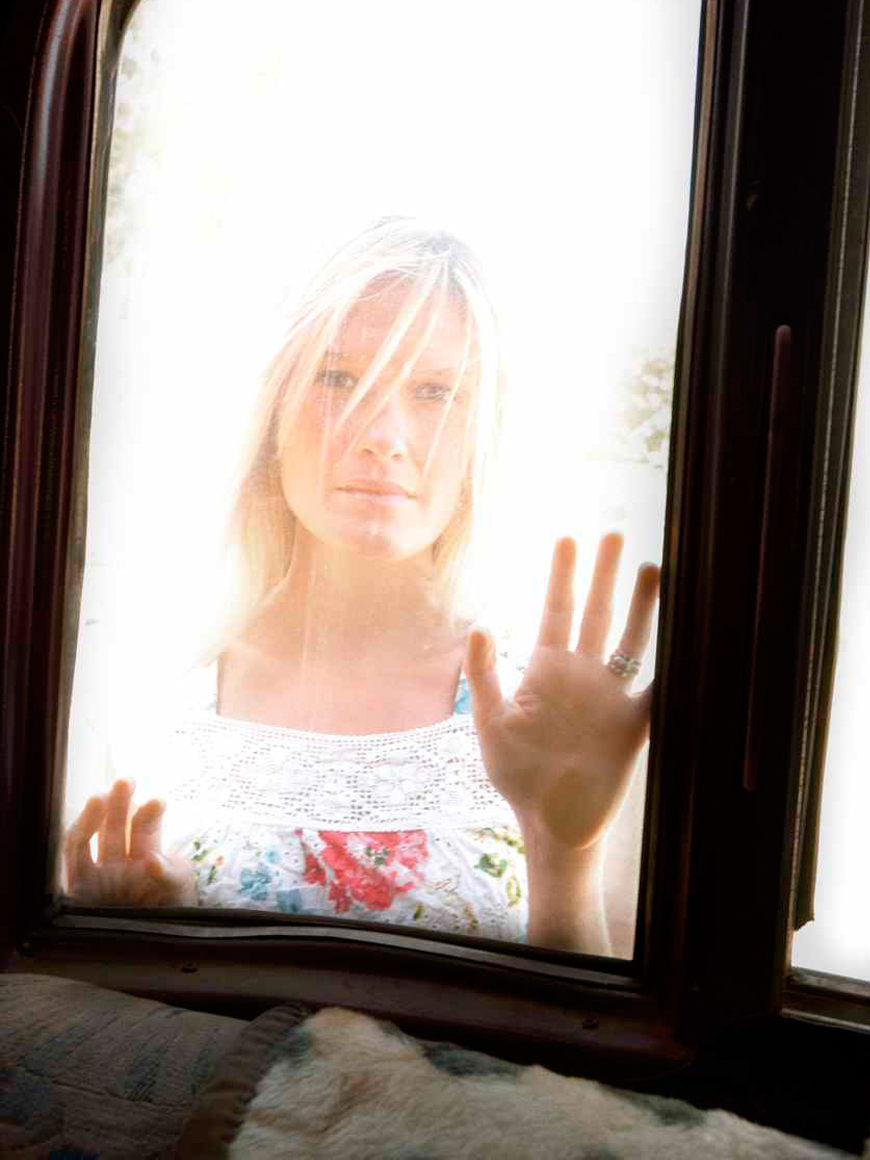 Electra Bicycles (2009). Creative & Photo Direction for 2009 International campaign. Photographer Art Brewer. The concept we created was that your Electra Bike becomes such an important part of your life, that it knows your secrets. Like this beautiful shot of a face through a window wondering of possibilities.