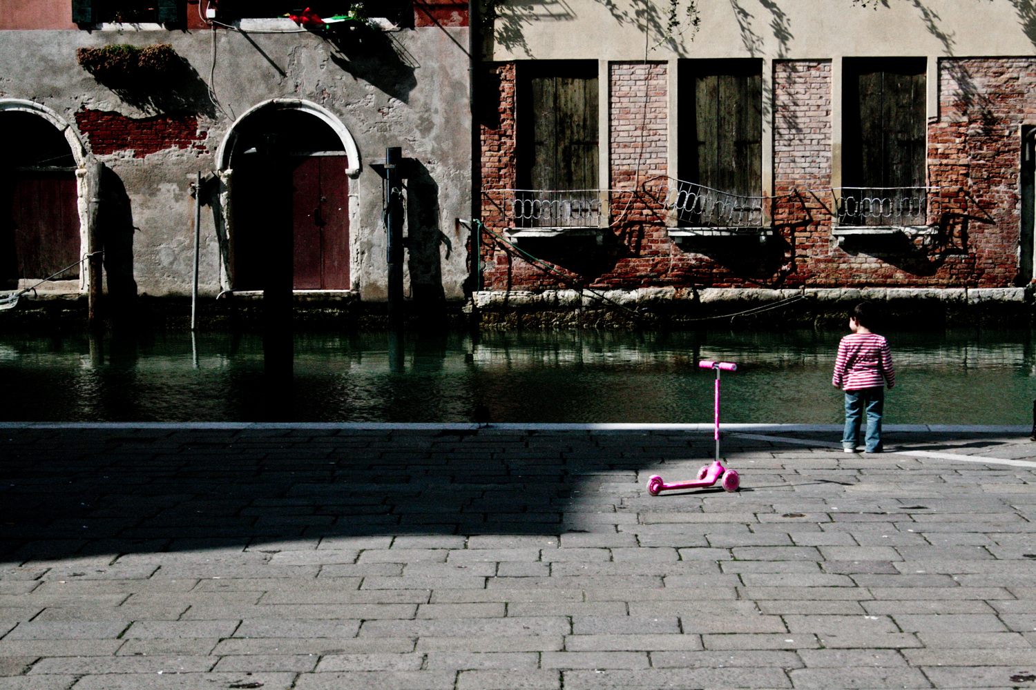 Lost in the World (Venice, Italy)