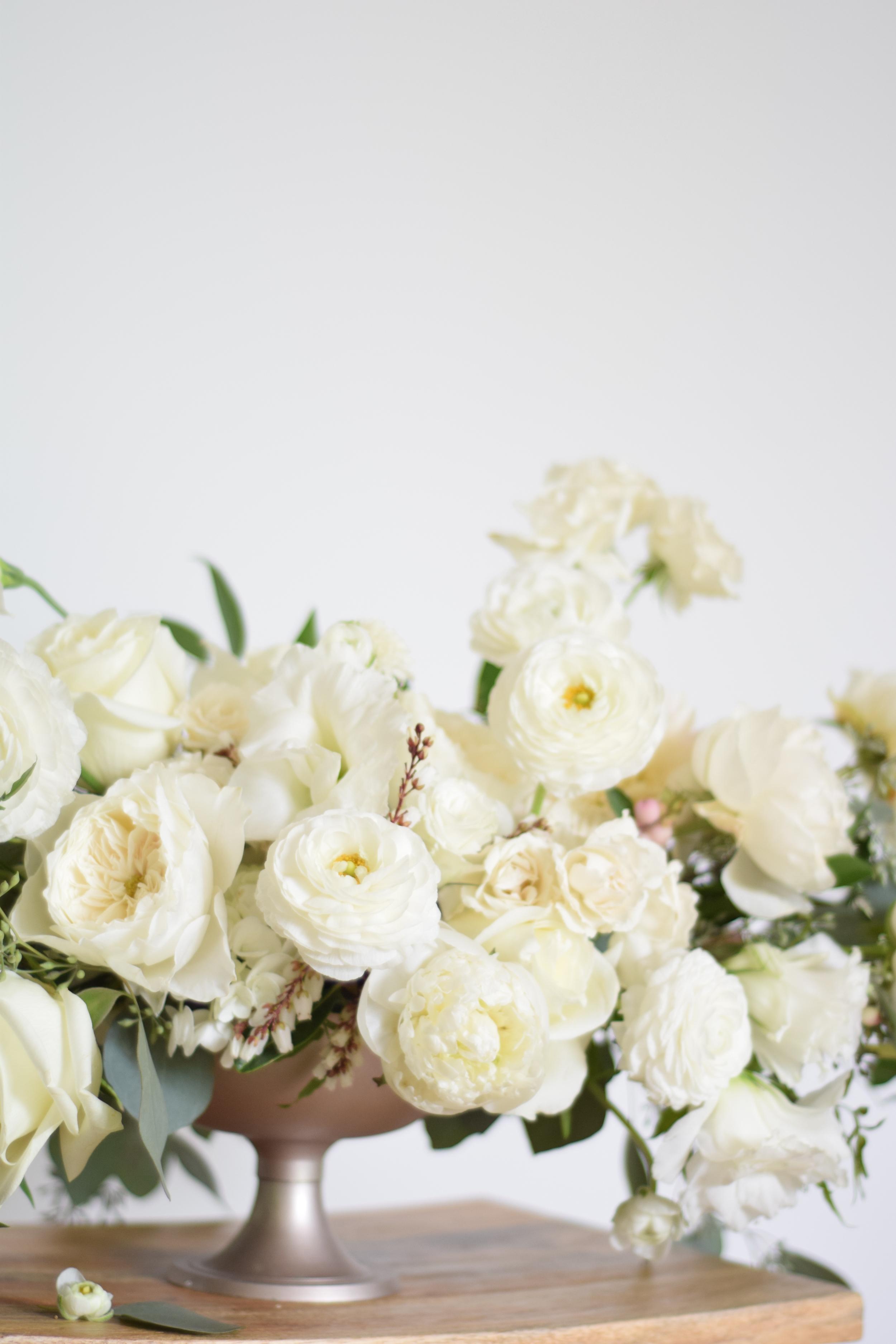 Maxit Flower Design, White flowers wedding inspiration