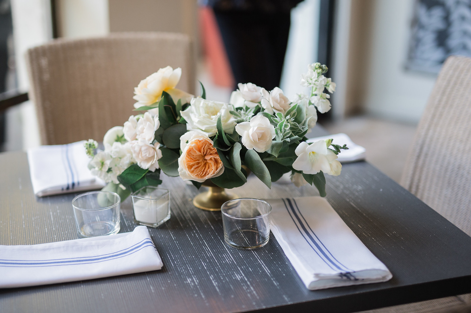 tiny boxwoods wedding maxit flower design