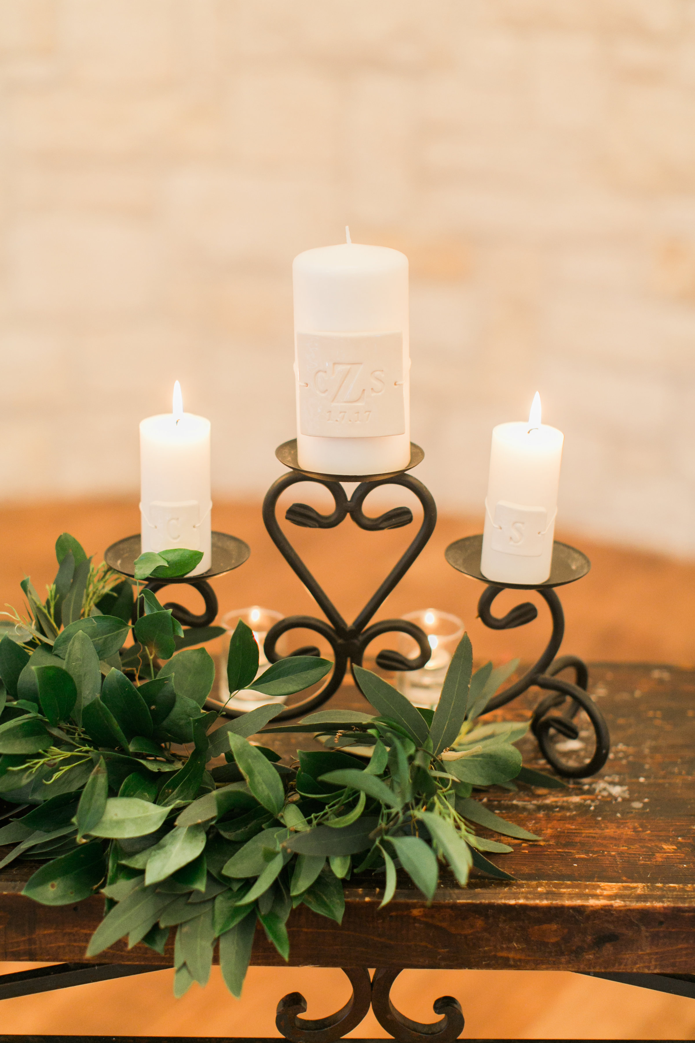 greenery on unity candle maxit flower design