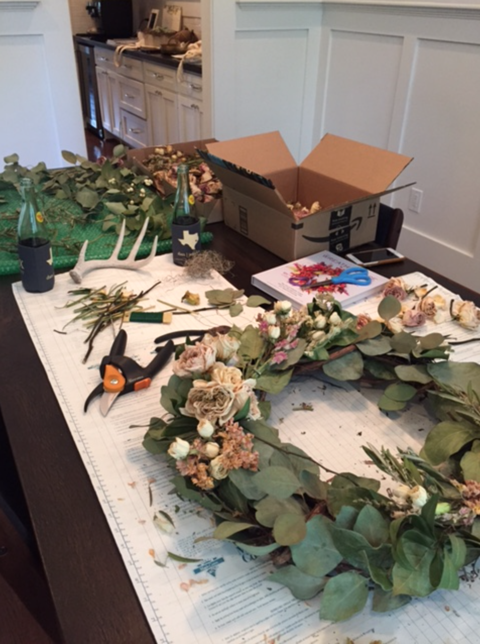 process of making a dried floral wreath