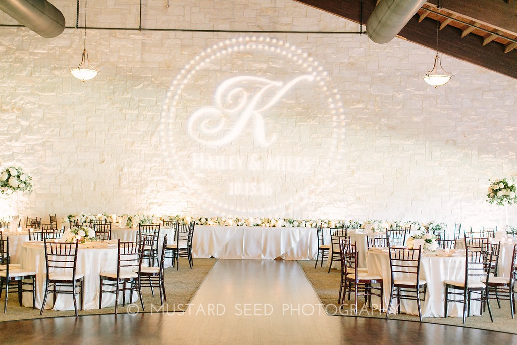 reception-floral-decor-garland-arrangment-by-maxi-flower-design-in-houston-texas