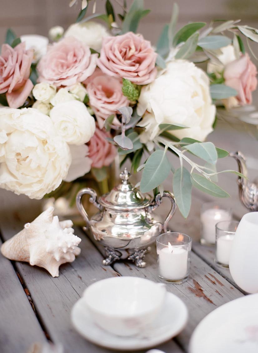 conch-seashell-beach-wedding-tablescape-flowers-by-maxit-flower-design
