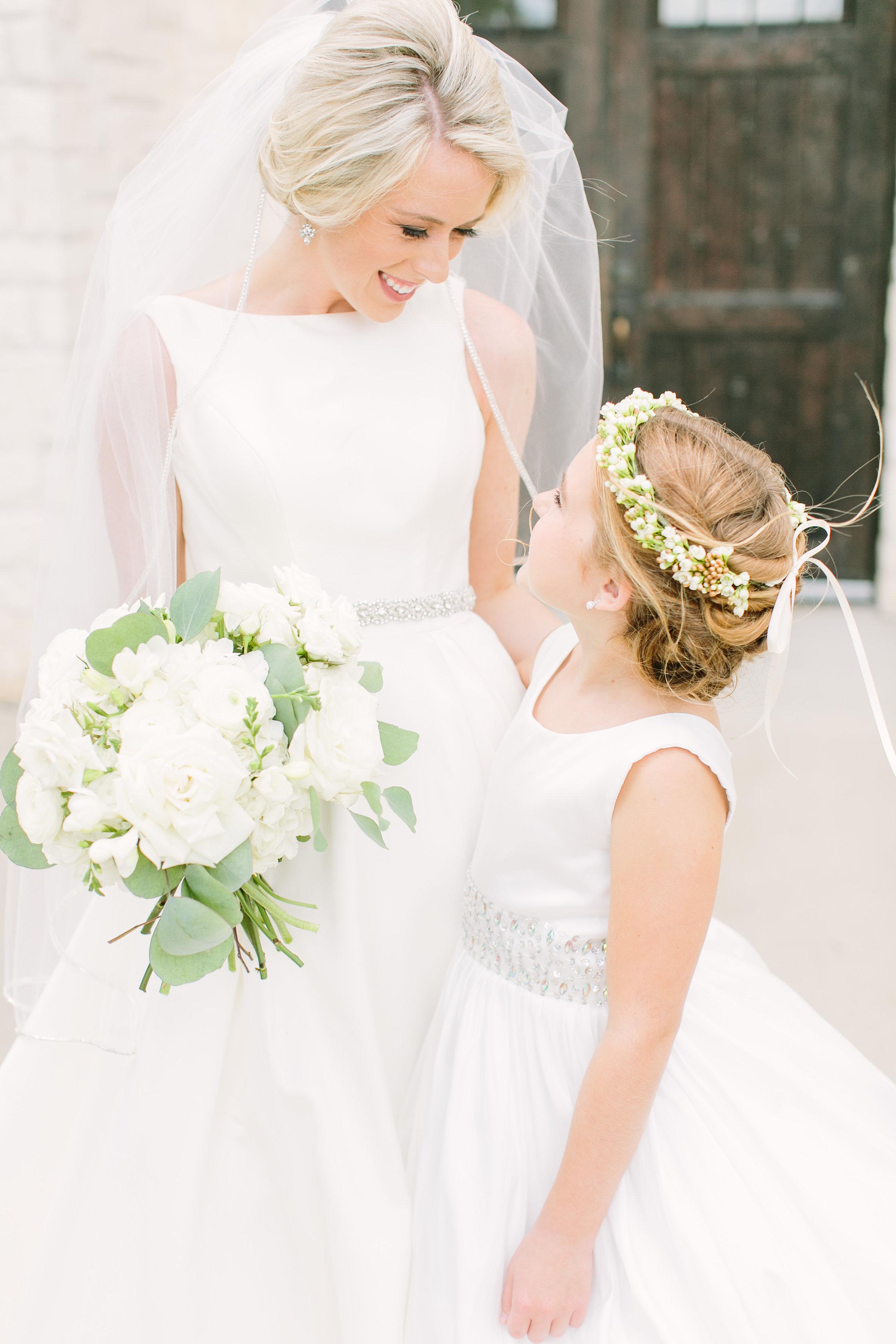 bride-flower-girl-white-greenery-bouquet-flower-crown-by-maxit-flower-design-in-houston-texas