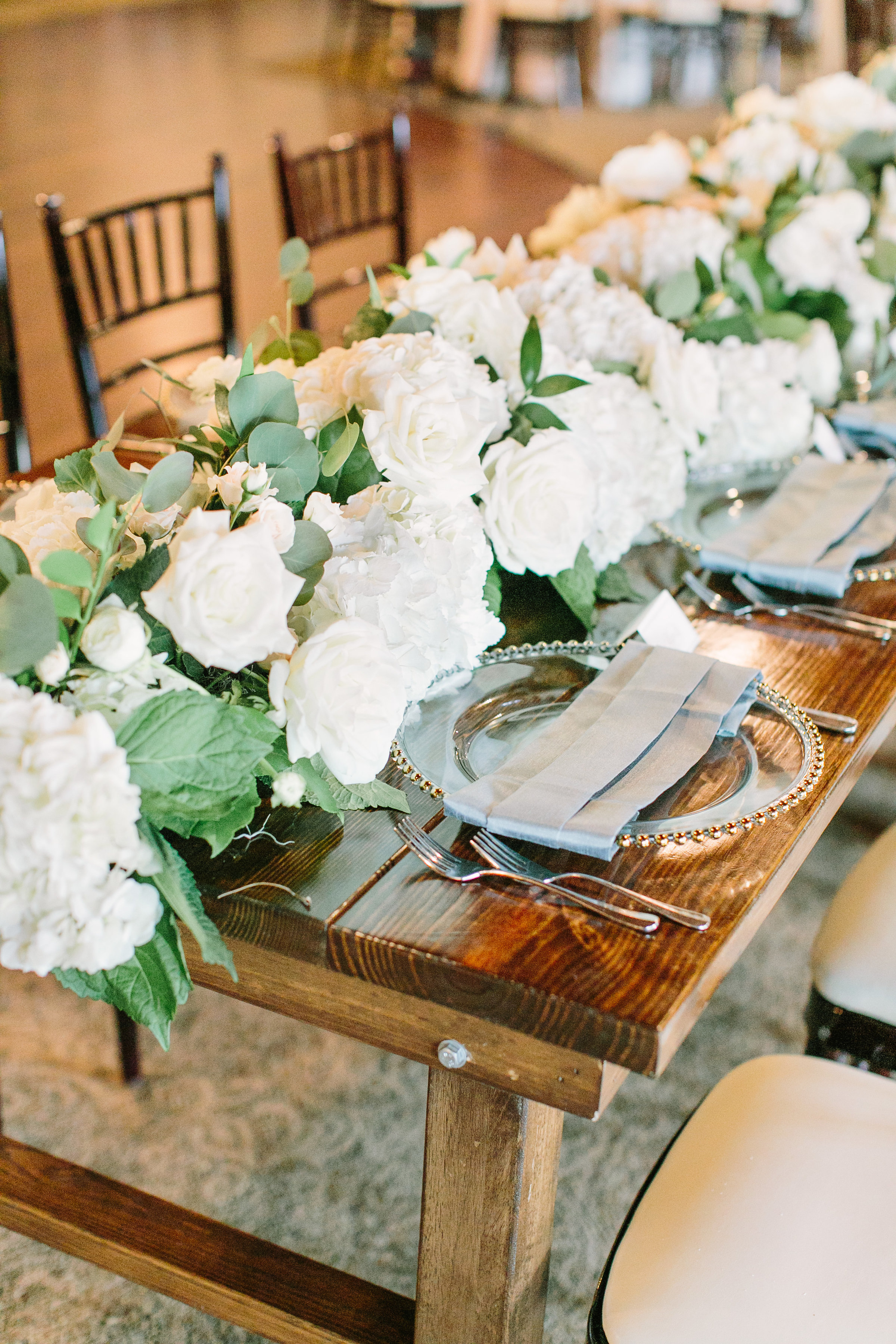 garland-greenery-roses-hydranga-white-floral-by-maxit-flower-design-in-houston-texas