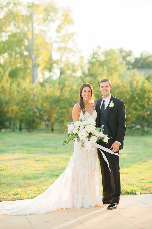 bride-groom-portrait-wedding-bouquet-white-greenery-ribbon-florals-by-maxit-flower-design-in-houston-texas