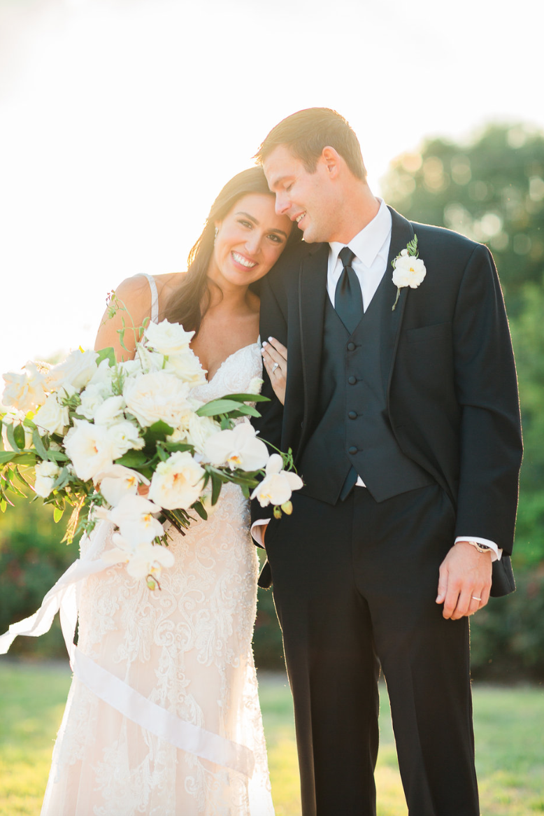 wedding-photography-couple-love-sunlight-groom-bride-bouquet-white-greenery-ribbon-florals-by-maxit-flower-design-in-houston-texas