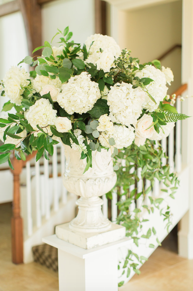 ceremony-garden-urn-grand-entrance-white-greenery-ribbon-florals-by-maxit-flower-design-in-houston-texas