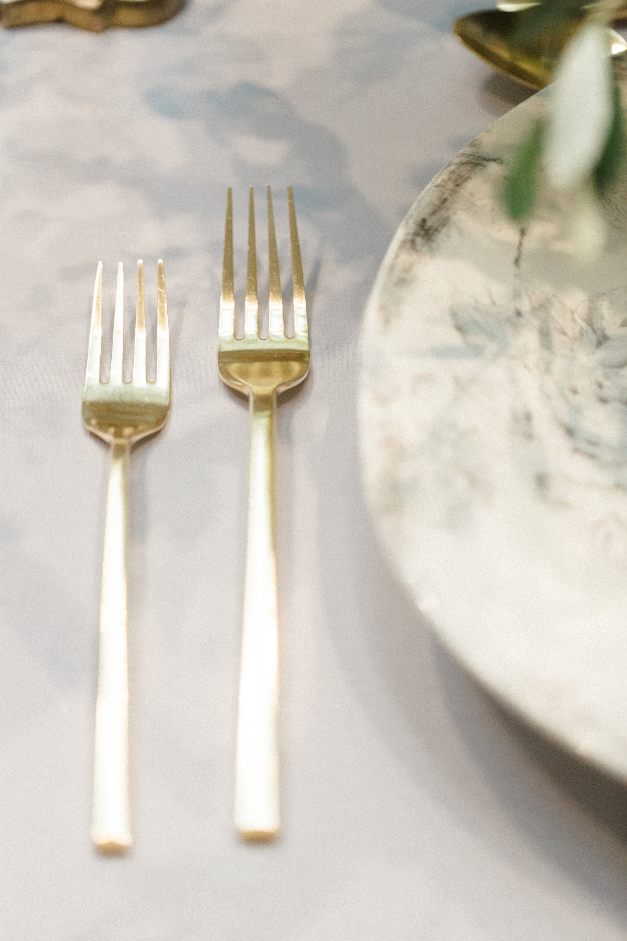 romantic-gold-flatware-styling-detail-photography-florals-by-maxit-flower-design