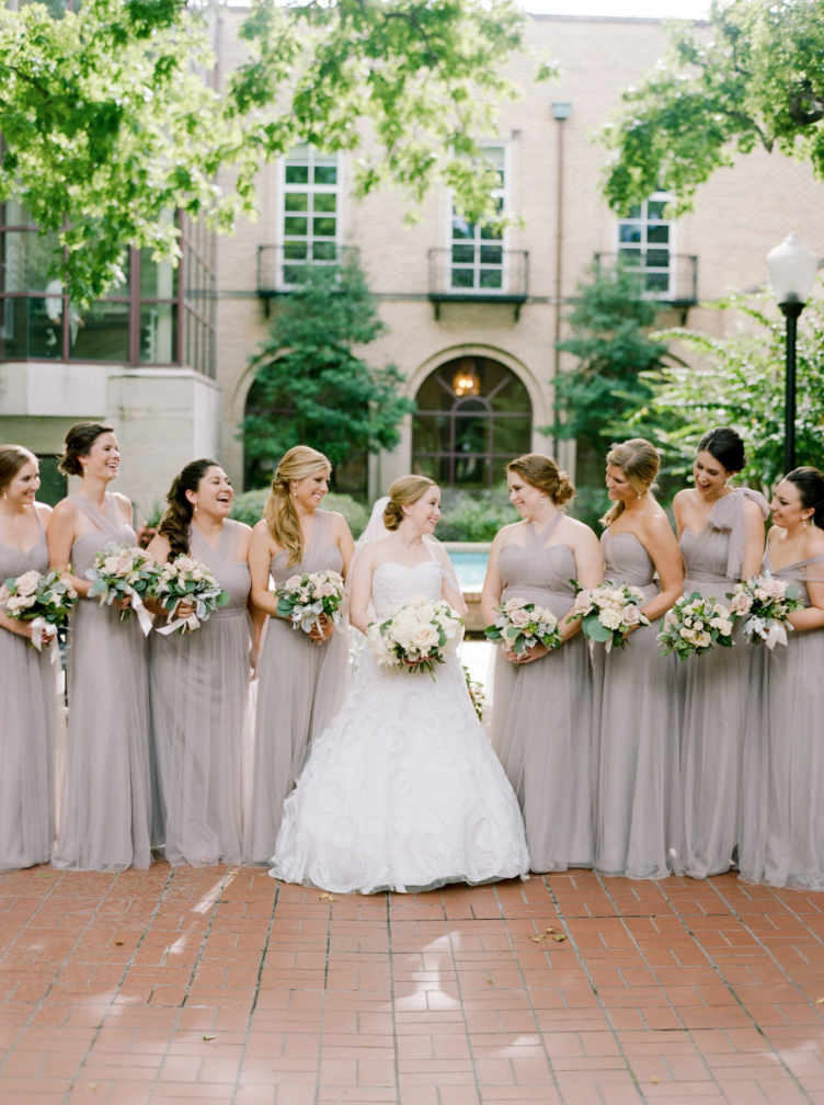 wedding-bride-bridesmaids-bridal-party-photography-dana-fernadez-river-oaks-country-club-grey-bouquet-blush-rose-peony-floral-greenery-by-maxit-flower-design-houston-texas