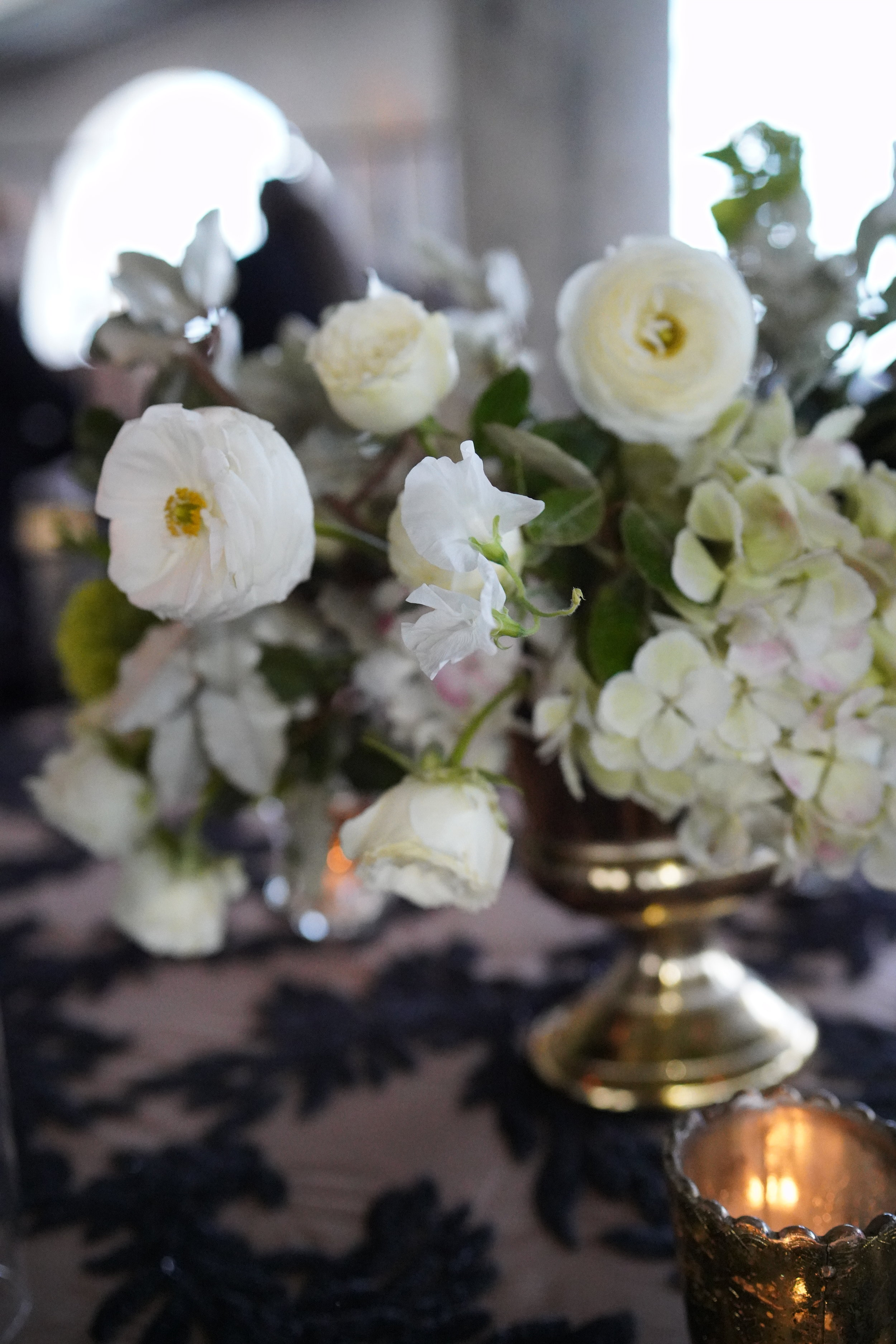 Flowers-Houston-Wedding-Ranunculus-Texas-Gold.JPG