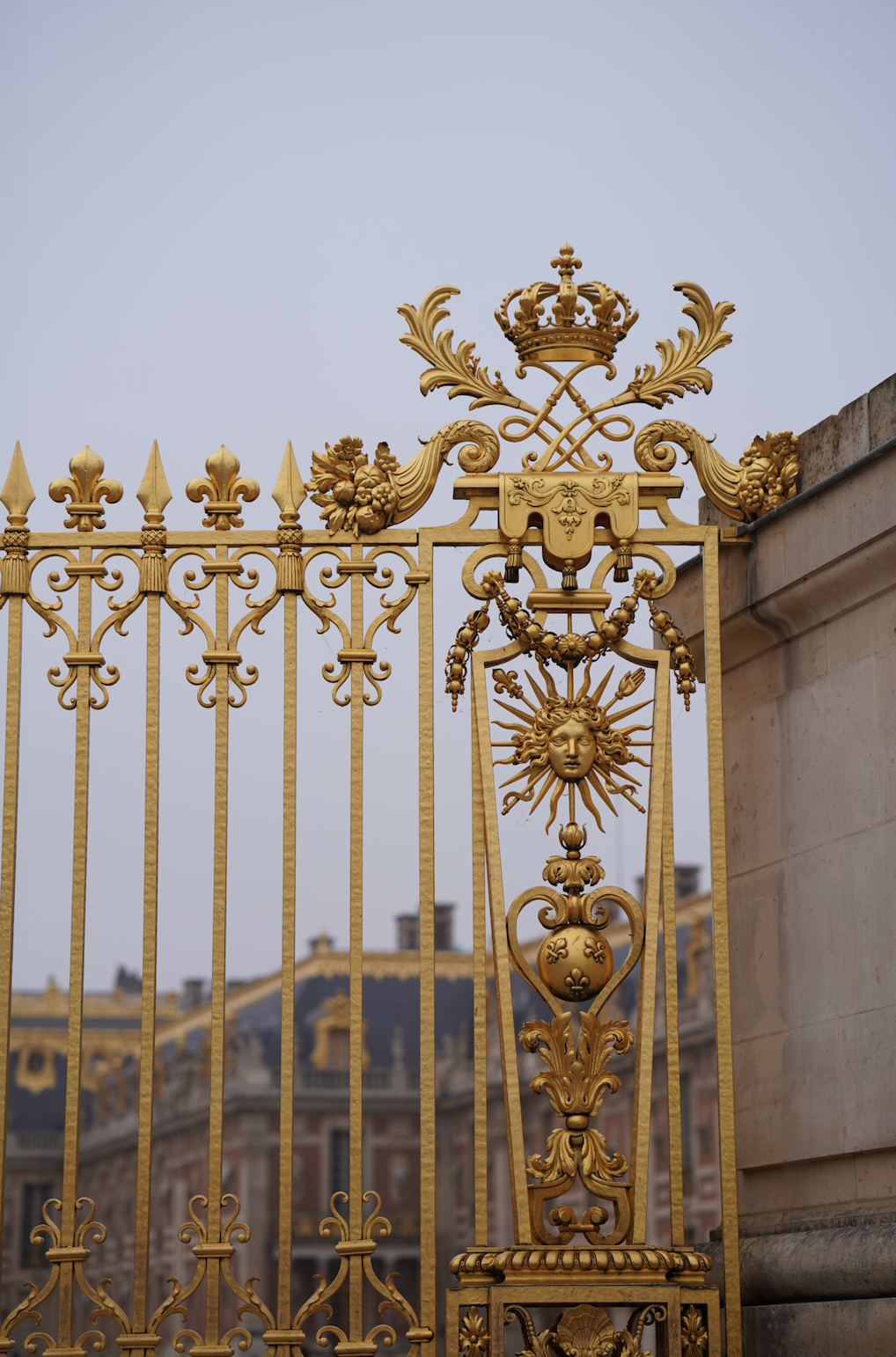 Chandelier-Paris-Versaille-Inspiration.png