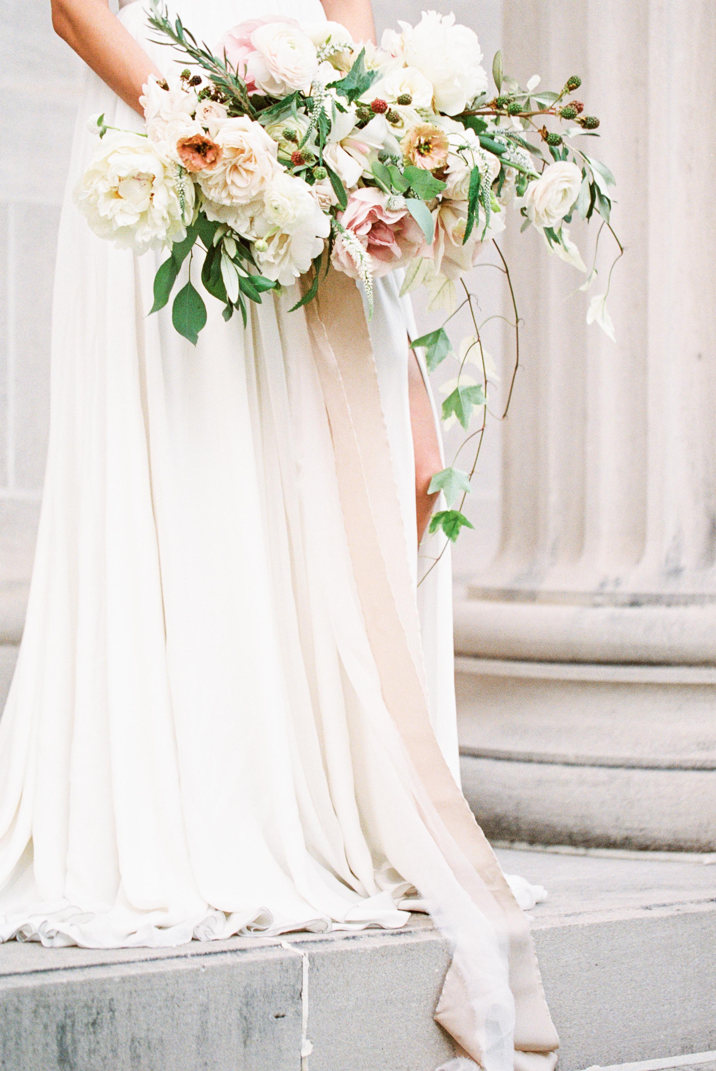 Bouquet_Bridal_Houston_Texas_MFAH.jpg