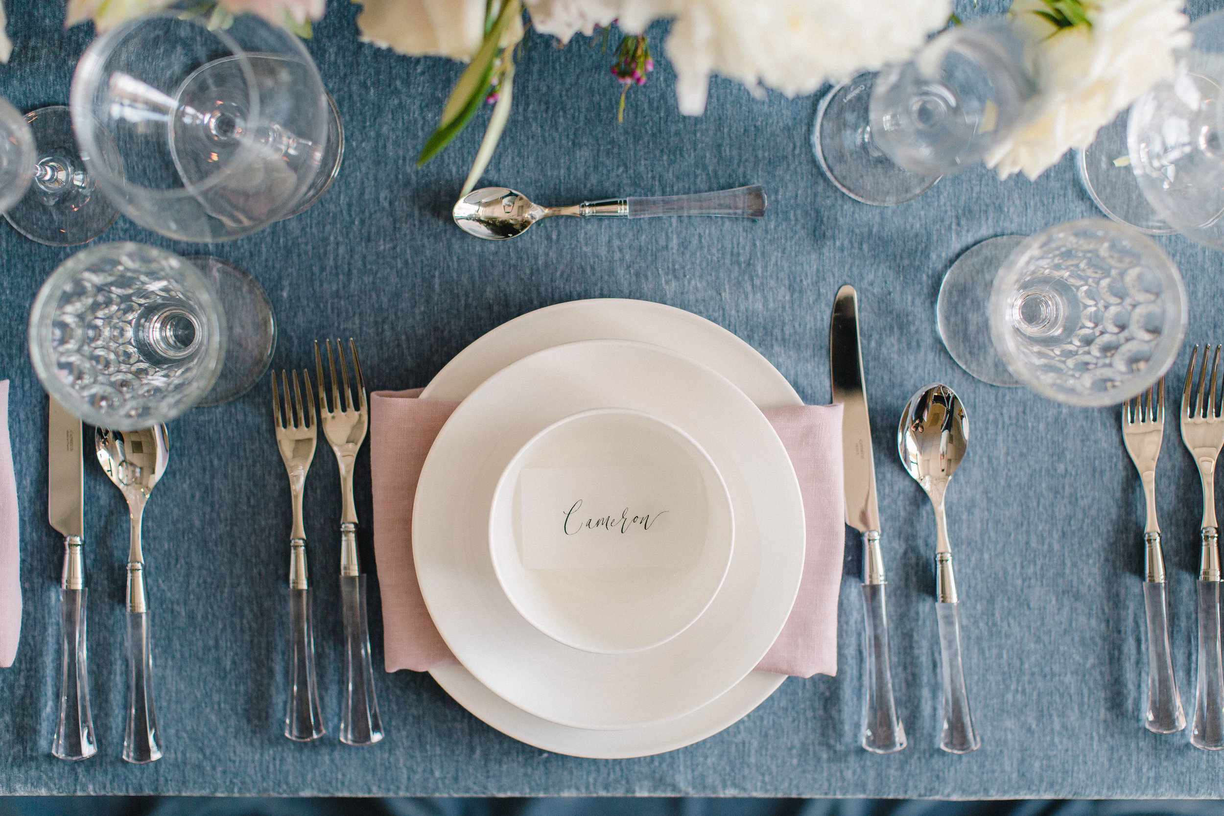 Simple and clean tableware and cutlery. Tablescape inspiration. Floral & Event Design by Maxit Flower Design, Photography:  Alicia Yarrish.  Houston, TX.