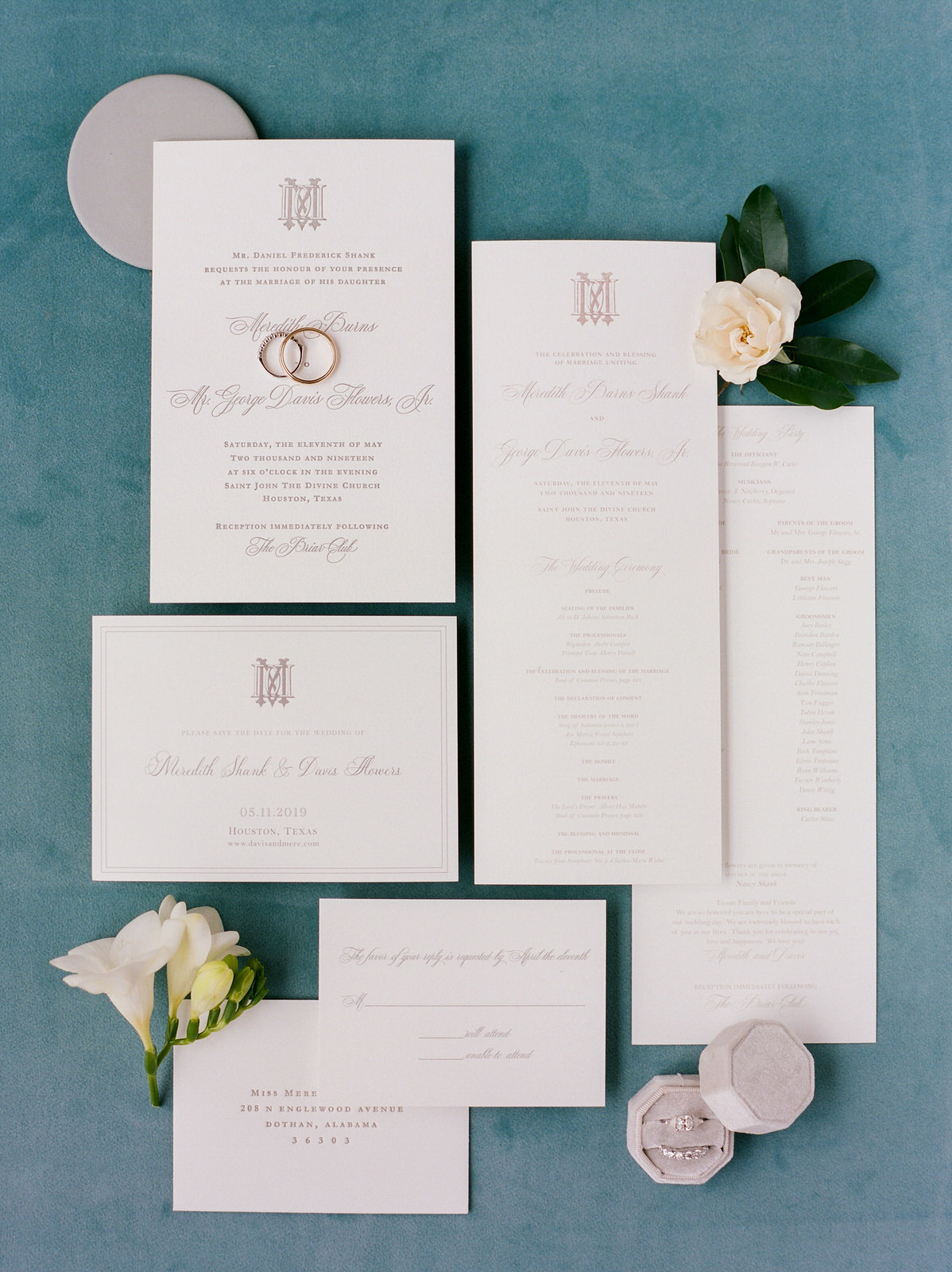Invitation suite, classic, timeless. Houston, Texas.  Photography:  Josh & Dana Fernandez , Event Design & Floral:  Maxit Flower Design , Event Planner: Emily Moise,  Keely Thorne Events