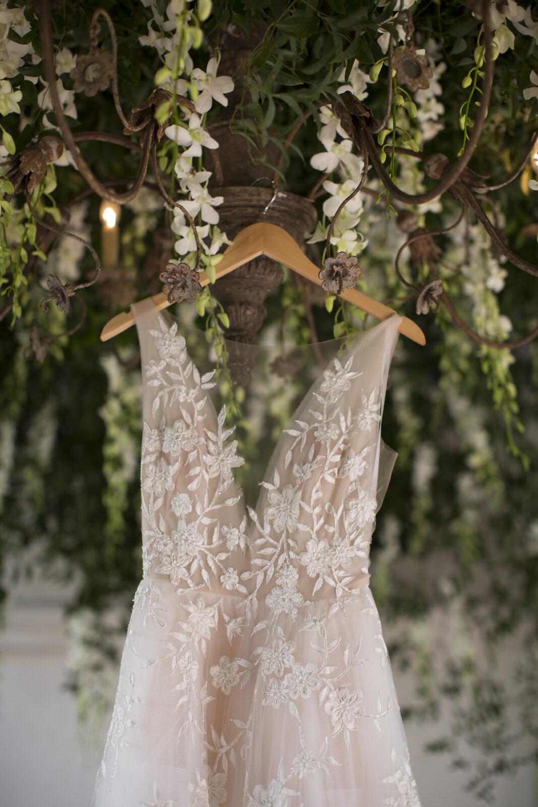 Bride's wedding dress.  Houston, Texas wedding with Jennifer Kaldis of Keely Thorne Events. Maxit Flower Design.