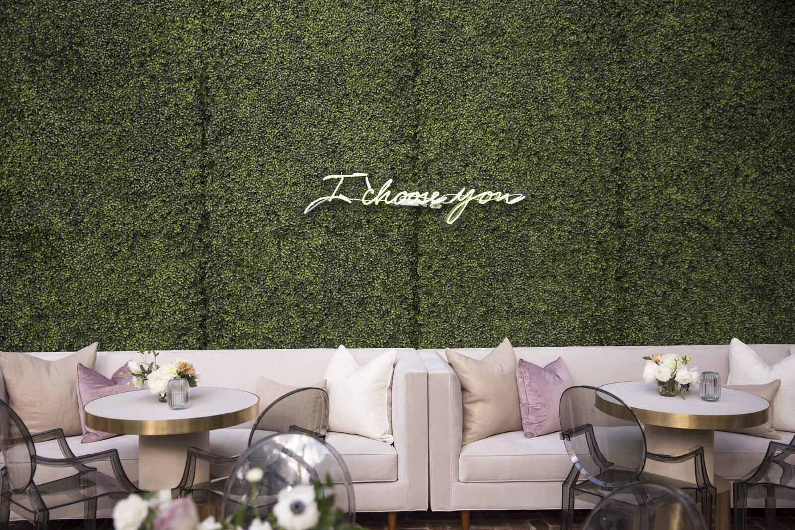 Boxwood backdrop with neon sign detail.  Rentals from Events in Bloom, Houston, Texas wedding with Jennifer Kaldis of Keely Thorne Events. Maxit Flower Design.