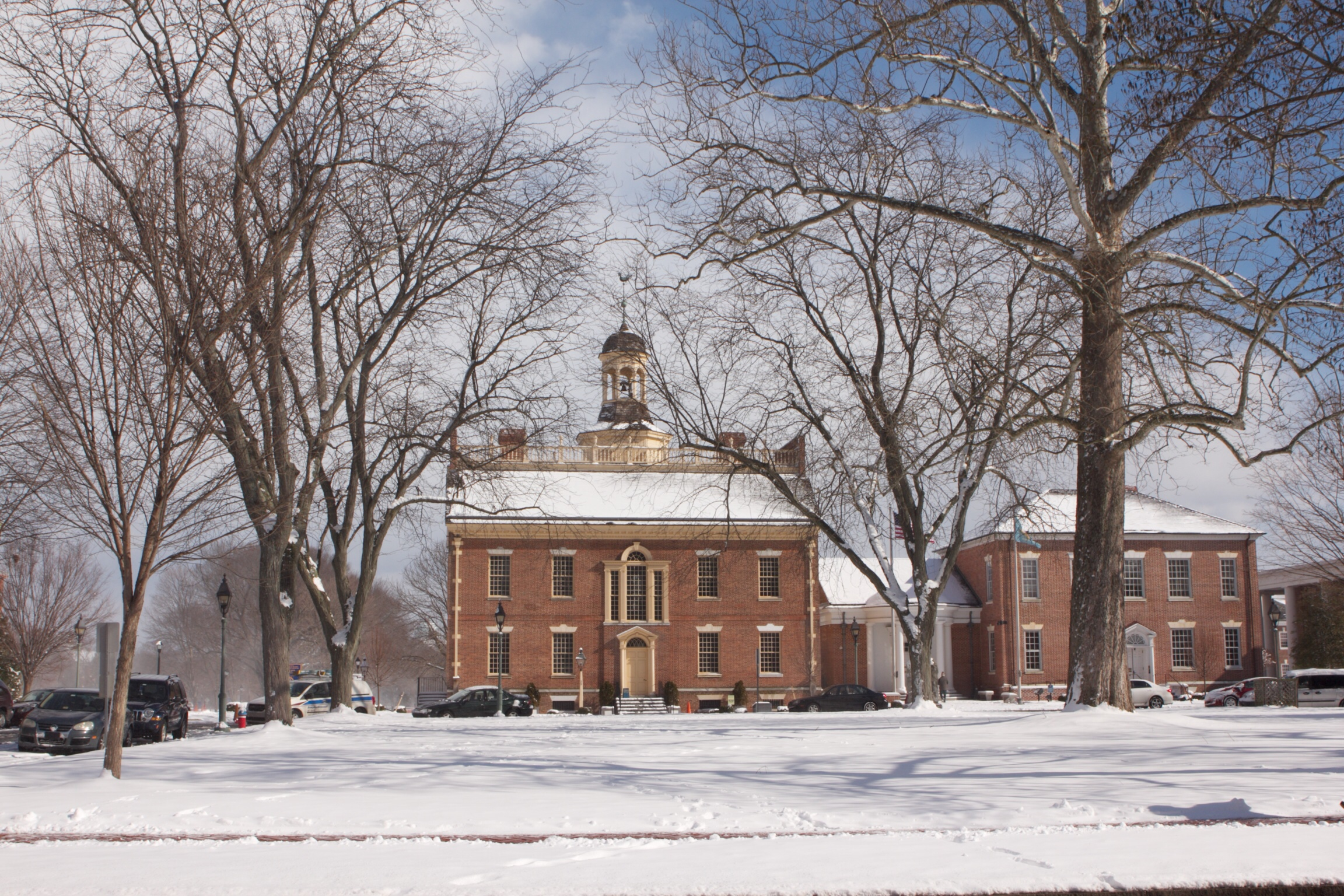Old-State-House-Snow2012.jpg