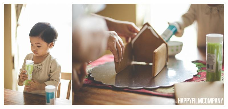 the happy film company_family gingerbread house_0005.jpg