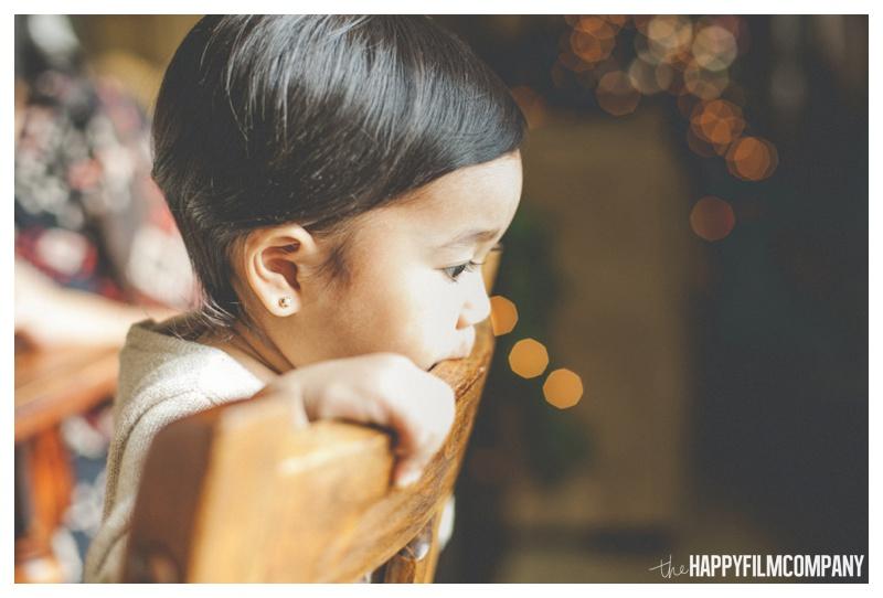 the happy film company_family gingerbread house_0015.jpg