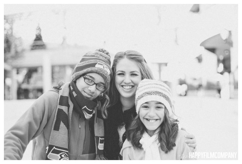 the happy film company_family ice skating_0006.jpg