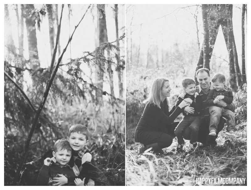 the happy film company_family forest walk_0014.jpg