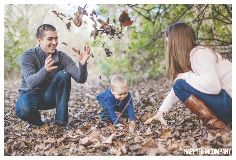 the happy film company_forest family portraits_0018.jpg