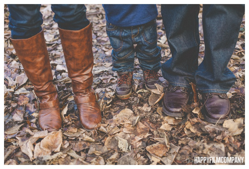the happy film company_forest family portraits_0021.jpg