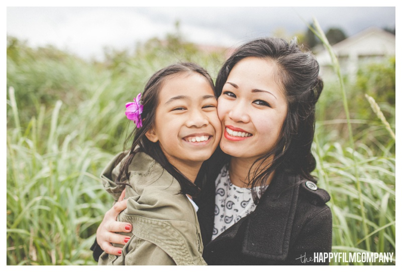 mother daughter photos - the happy film company - seattle family photographer