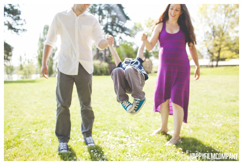 family swinging kids photo - the Happy Film Company - Mercer Island Family Photos