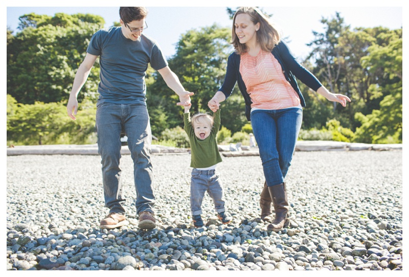 lincoln park beach   - the Happy Film Company - Seattle Family Photographer
