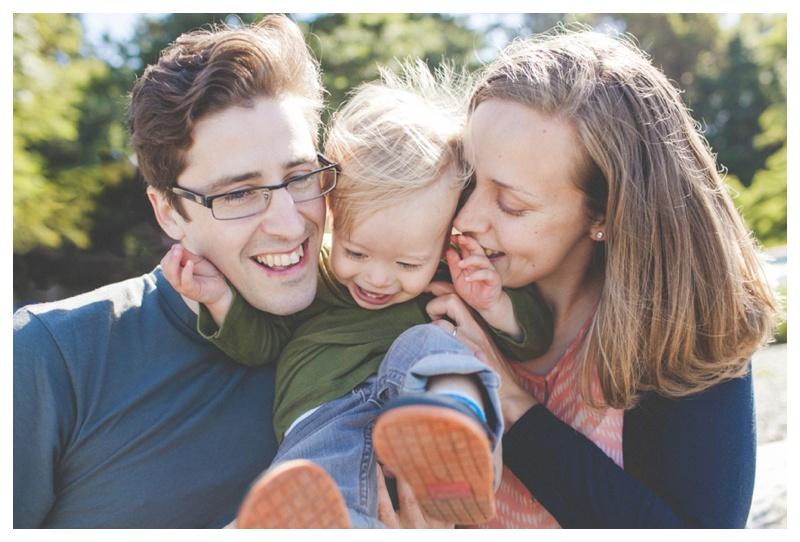 the happy film company_seattle family portraits_0016.jpg