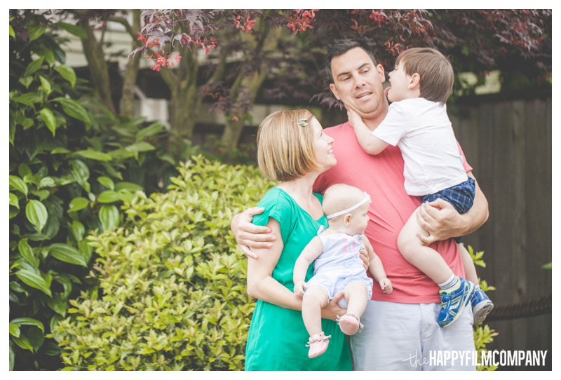 finger painting photo shoot - the Happy Film Company - Seattle Family Photographer