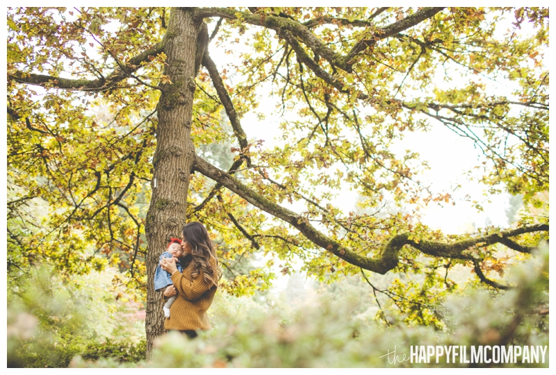 mother daughter picture beautiful fall tree   - Seattle Family Holiday Portraits - the Happy Film Company