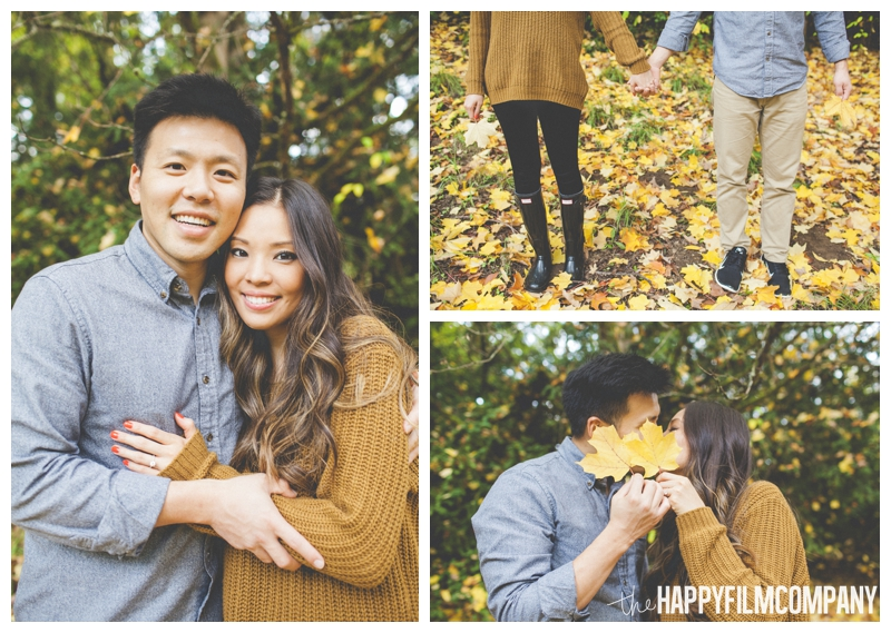 couples portraits mom and dad   - Seattle Family Holiday Portraits - the Happy Film Company
