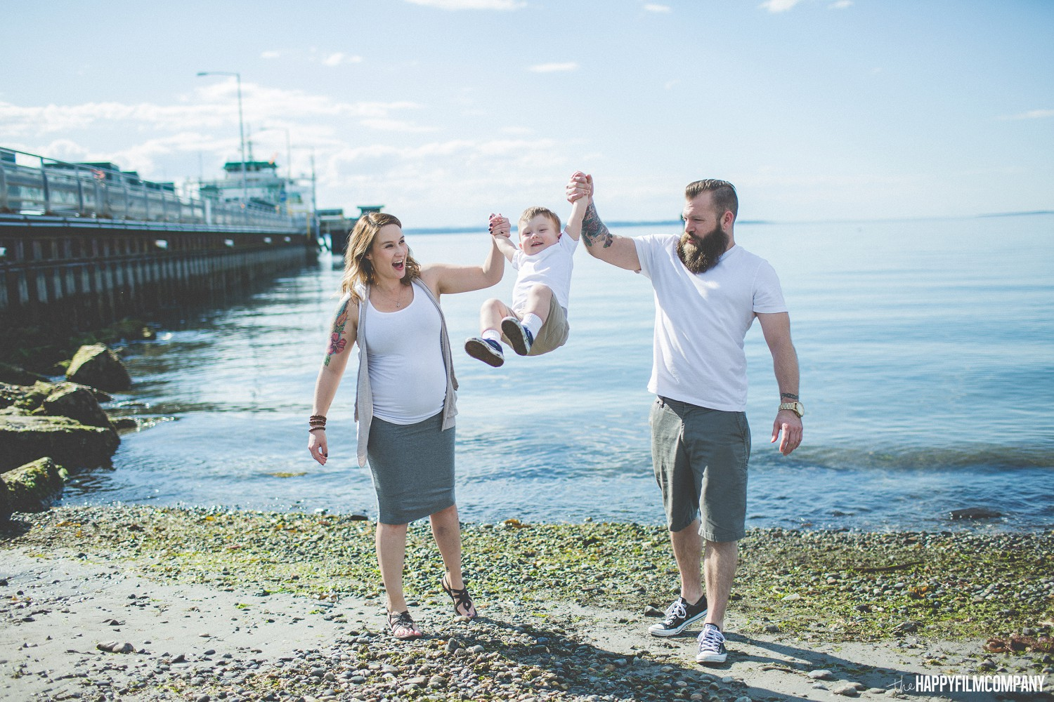 Seattle Family - Maternity Photography Session by the Beach - the Happy Film Company - Seattle Family Photos
