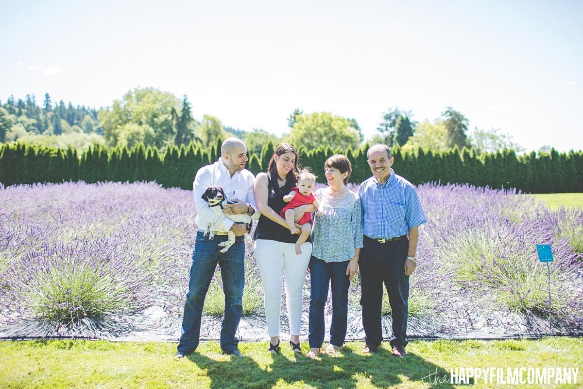 Outdoor family photos - the Happy Film Company - Seattle Mini Family Photo Shoots