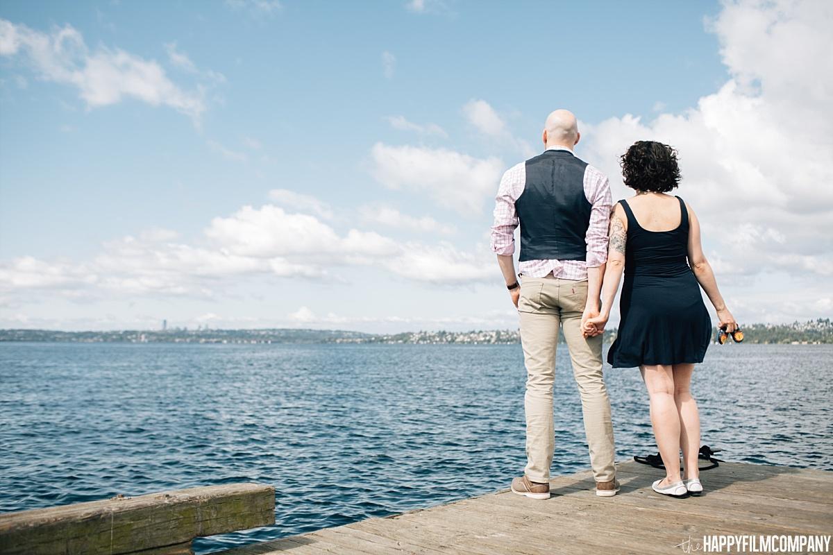Family photos at Marina Bay Park - Boat Dock - the Happy Film Company - Seattle Family Photos