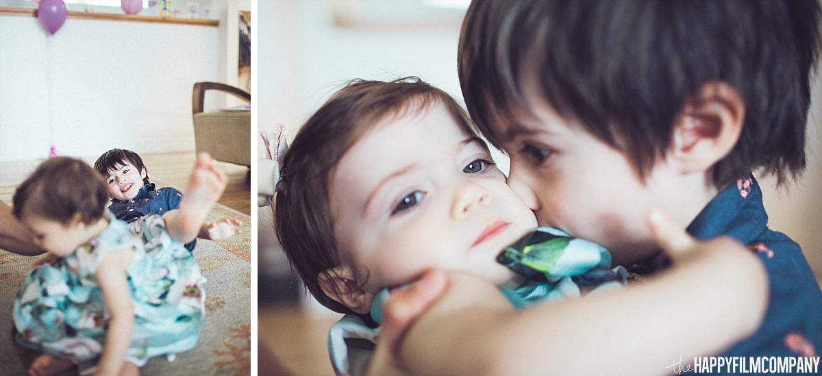 Sibling - Cute kids - the Happy Film Company - Seattle Family Photos